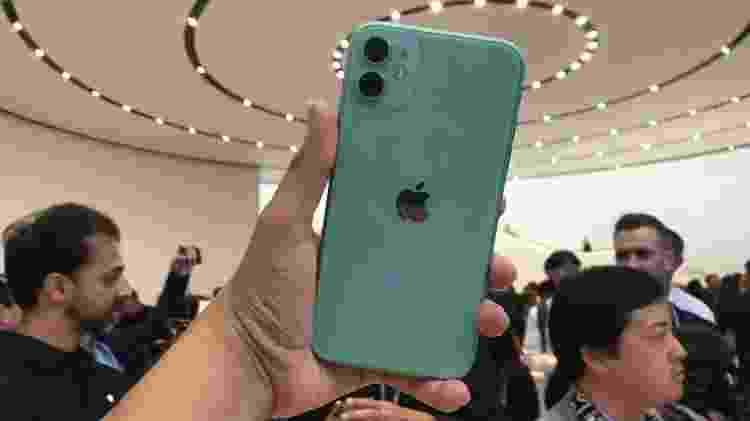 iPhone 11 é a evolução do iPhone XR - Bruna Souza Cruz/UOL