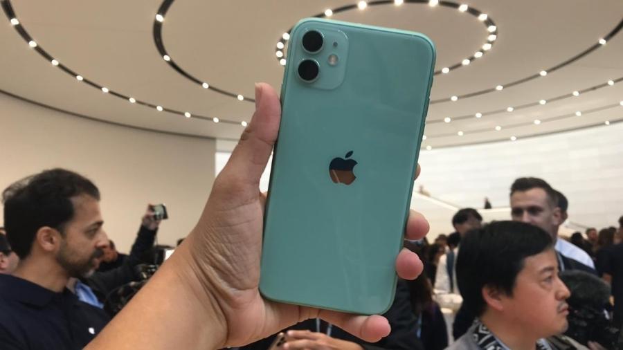 iPhone 11 vendido nos Estados Unidos não é compatível com a banda 28 do 4G brasileiro - Bruna Souza Cruz/UOL