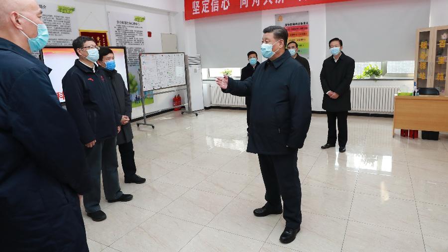 Xi Jinping, presidente da China, aparece de máscara em razão do surto do novo coronavírus - Pang Xinglei/Reuters