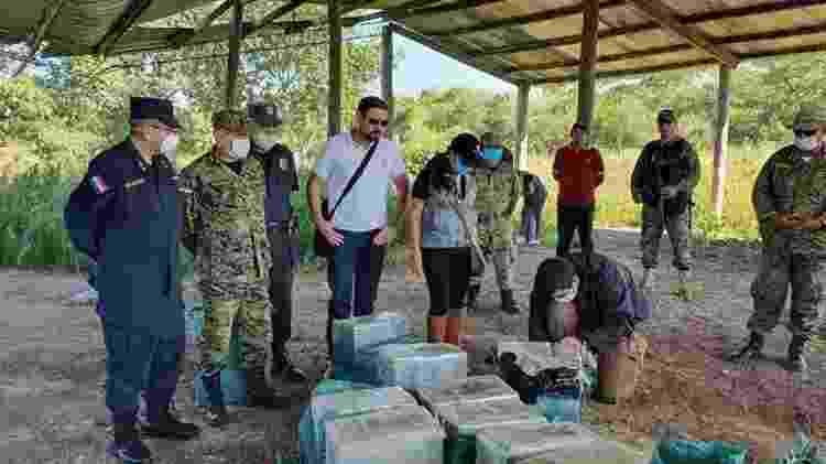 10.abr.2020 - 385 kg de cocaína que seriam exportados para o Brasil apreendidos no Paraguai - Divulgação/Polícia Nacional do Paraguai - Divulgação/Polícia Nacional do Paraguai