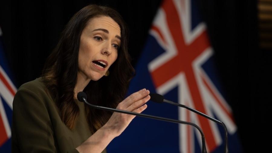 A pesquisa indica que as chefes de Estado mulheres tiveram respostas mais rápidas à crise - Marty Melville/AFP
