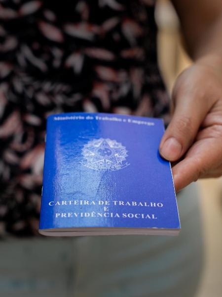O comércio teve uma redução de 134.708 postos de trabalho com carteira assinada - Matheus Sciamana/PhotoPress/Estadão Conteúdo