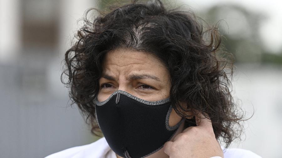 """8.abr.2021 - Vizzotti disse que o imunizante tem eficácia de 80% contra a covid-19 e que o sistema de saúde argentino """"não entrou em colapso"""", apesar do aumento acelerado dos casos  - Juan Mabromata/AFP"""