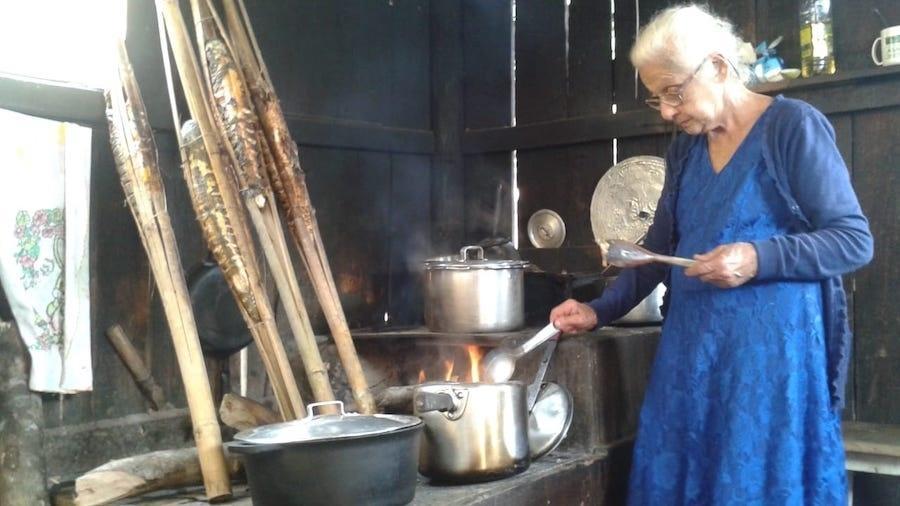 Dona Nancy Prado, avó dos jovens que pleiteiam na justiça direito de ocupação na comunidade do Rio Verde - Acervo da comunidade do Rio Verde e Grajaúna