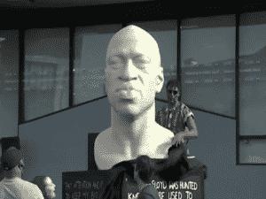 Estátua de George Floyd em Nova York - Reprodução / NBC - Reprodução / NBC