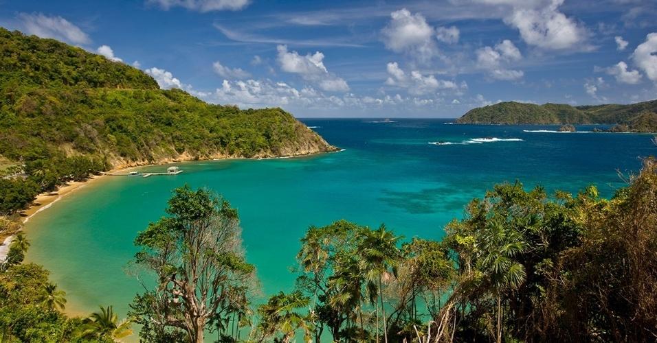 7.jun.2016 - Vista de Blue Water Bay, no mar do Caribe. Trindad e Tobago formam uma nação de uma única ilha que atrai turistas pelas praias, biodiversidade e crescentes áreas cosmopolitas