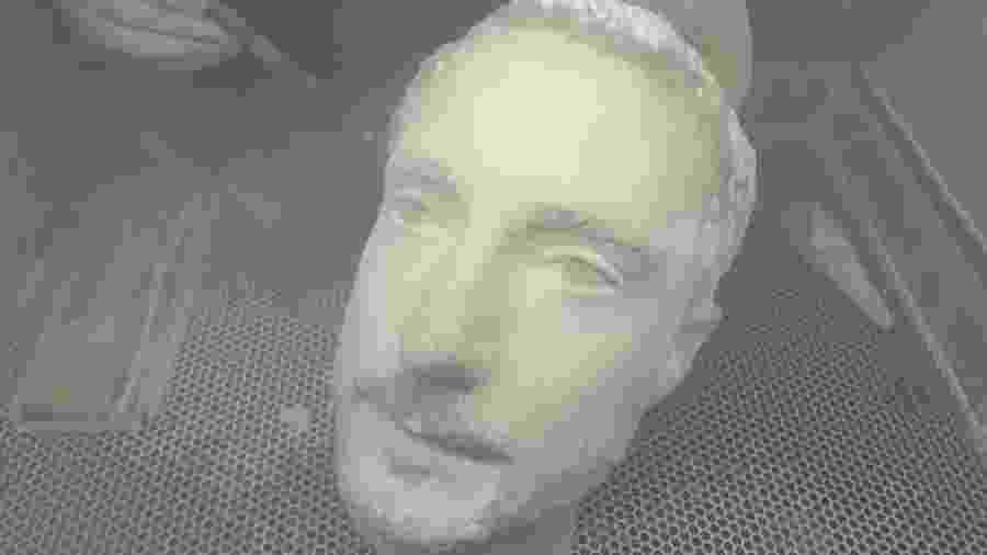 Uma cabeça impressa em 3D do jornalista Thomas Brewster, da Forbes - Forbes