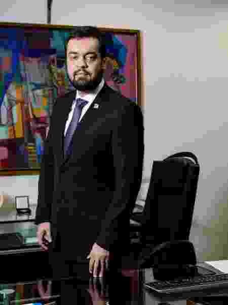 O governador em exercício do Rio, Cláudio Castro - Folhapress