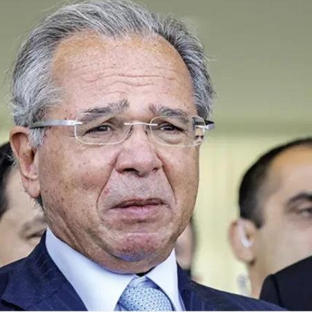Ministro da Economia, Paulo Guedes, anunciou que não vai usar os recursos dos precatórios para financiar o novo programa - Sergio Lima/AFP