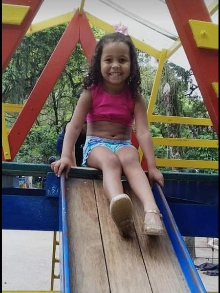 Ana Clara Machado foi baleada na porta de casa, na comunidade Monan Pequeno, na região de Pendotiba - ONG Rio de Paz
