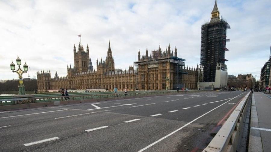 Ruas de Londres ficaram desertas durante lockdown; Reino Unido inicia relaxamento das medidas restritivas - PA Media