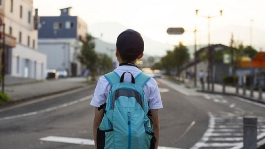 """""""Estima-se que cada jovem com educação básica viverá quatro anos de vida a mais que um jovem que não terminou a escolaridade — e tende a ter um menor envolvimento em atividades violentas, como homicídios"""", diz estudo - Getty Images"""
