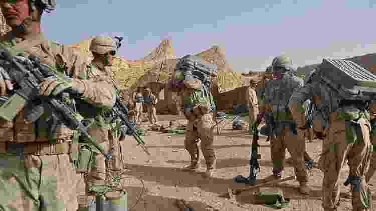 Os EUA e seus aliados invadiram o Afeganistão em outubro de 2001 - GETTY IMAGES - GETTY IMAGES
