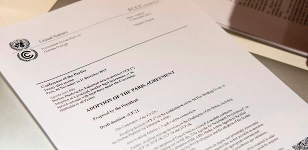 Texto de acordo de Paris resolve financiamento, ponto que dividia países ricos e pobres - Miguel Medina/AFP