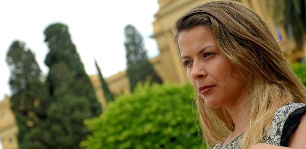 A relações públicas pernambucana Giselle Galvão, 34, foi vítima da chikungunya em novembro e revela que adquiriu artrite crônica - Arquivo Pessoal