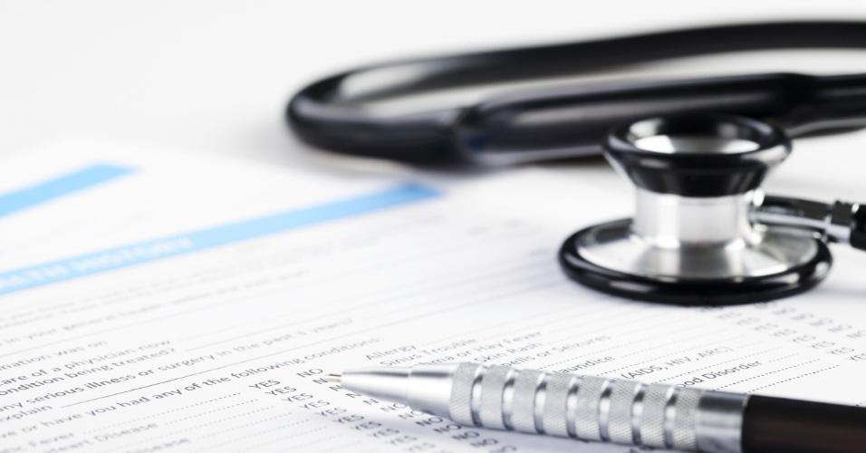 Plano de saúde; despesas médicas; estetoscópio; conta do hospital