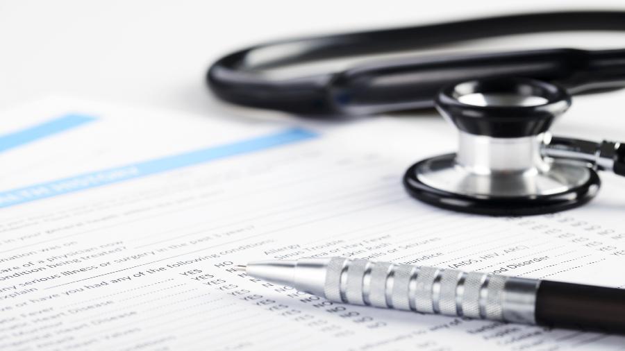 Planos de saúde registram quedas de beneficiários durante pandemia do novo coronavírus - iStock
