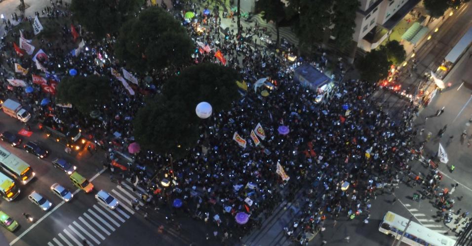 Protesto contra o Presidente Michel Temer no centro do Rio de Janeiro (RJ), nesta quinta-feira (18). Concentração na praça da Candelária.