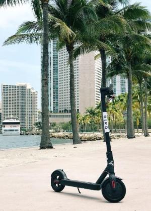 Patinetes da Bird podem ser vistos em diversas cidades americanas