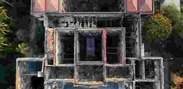 Museu Nacional visto do alto; por ameaça de chuva, cobertura do prédio é prioridade - Mauro Pimentel/AFP