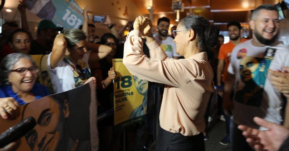 Marina Silva é recepcionada pelo eleitorado em Rio Branco, no Acre