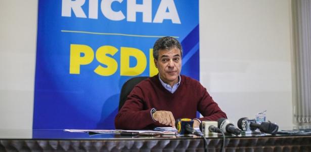 Beto Richa participa de entrevista coletiva em Curitiba nesta segunda