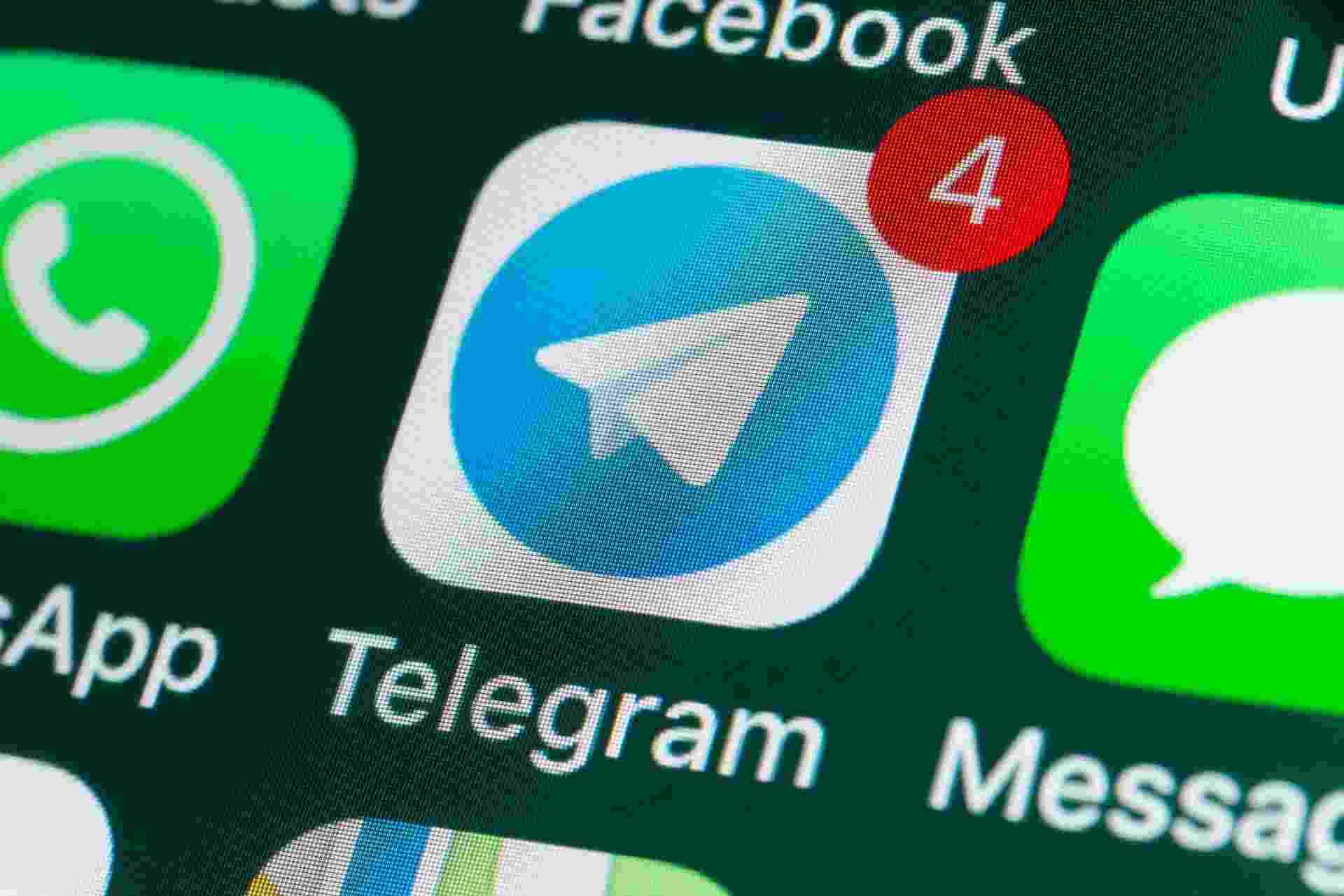 Telegram, aplicativo de mensagens, ao lado de WhatsApp e Messages - Getty Images