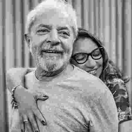 11.nov.2019 - Ex-presidente Lula e a socióloga Rosângela da Silva, conhecida como Janja - Ricardo Stuckert/Instagram