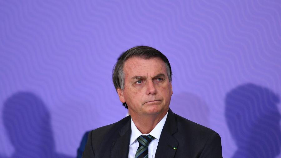16.dez.2020 - O presidente Jair Bolsonaro durante cerimônia de lançamento do plano nacional de vacinação contra a covid-19 no Palácio do Planalto, em Brasília  - Mateus Bonomi/AGIF/Estadão Conteúdo