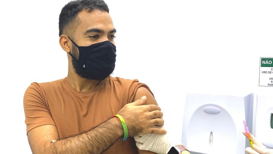 Thauan Felipe participa de estudo sobre vacina contra HIV - Reprodução/ @thauanf_/ Twitter