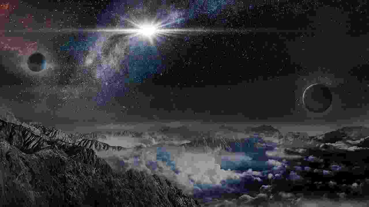 14.jan.2016 - Astrônomos descobriram a supernova mais brilhante já detectada na história do universo. A descoberta foi feita em junho do ano passado pelo ASAS-SN  (All Sky Automated Survey for SuperNovae), um sistema de oito pequenos telescópios colocados em dois locais, no Havaí (EUA) e no Chile, capaz de escanear o céu inteiro a cada dois ou três dias. Chamada de ASAS-SN-15lh, a supernova é milhares de vezes mais brilhante do que uma supernova normal e brilha 50 vezes mais do que a Via Láctea. Nas últimas décadas, os astrônomos têm visto surgir uma nova classe rara de explosões, são supernovas superluminosas - as vezes denominada de hipernova - Jin Ma/Beijing Planetarium/Science