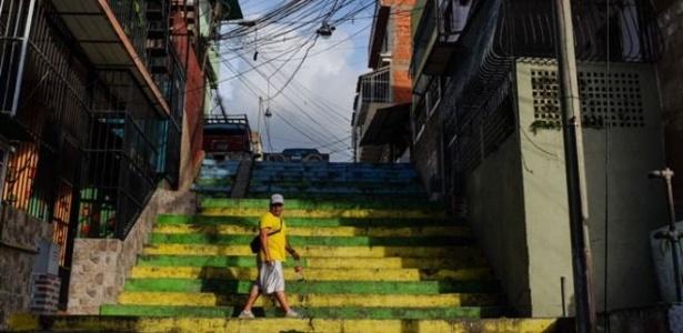 Situação econômica e social na Venezuela está se deteriorando para todas as classes