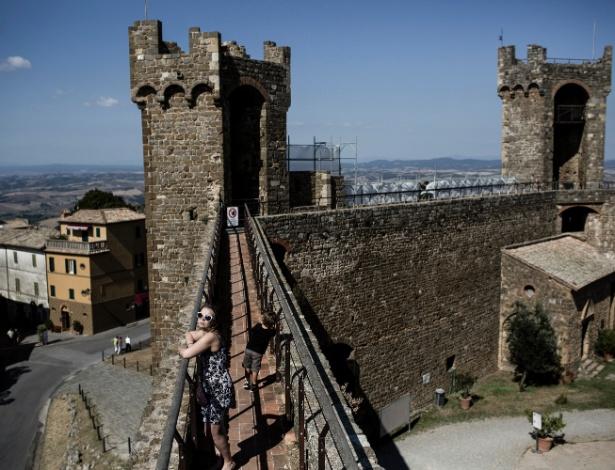 7.ago.2016 - Forte na cidade italiana de Montalcino, na Toscana