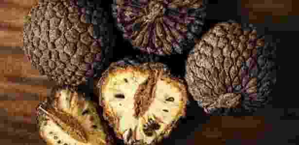 Araticum é um fruto nativo do cerrado  - Alexandre Schneider, Livro 'Misture a Gosto' - Alexandre Schneider, Livro 'Misture a Gosto'