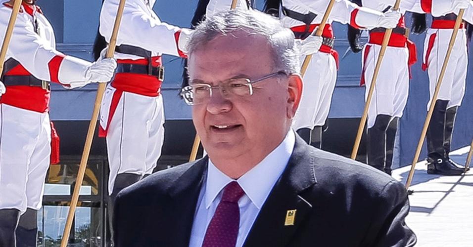 25.mai.2016 - Embaixador da Grécia no Brasil, Kyriakos Amiridis, participa de cerimônia em Brasília