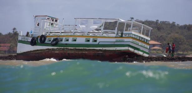 Naufrágio de lancha que transportava passageiros de Mar Grande, na Ilha de Itaparica, para Salvador
