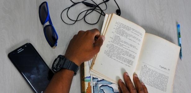 Daniel, refugiado angolano que vai prestar o Enem no Rio de Janeiro - CáritasRJ/Divulgação