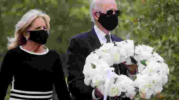 Joe Biden visita memorial de veteranos para marcar o feriado do Memorial Day - CARLOS BARRIA - CARLOS BARRIA