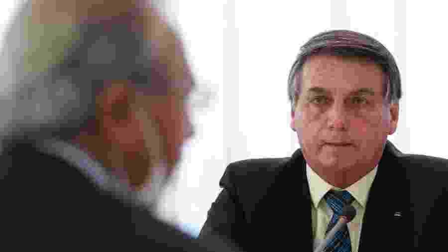 1.set.2020 - O presidente da República, Jair Bolsonaro, durante reunião com o ministro da Economia, Paulo Guedes - Marcos Corrêa/Presidência