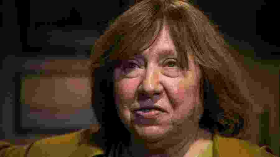 """Escritora Svetlana Alexievich, premiada com o Nobel de Literatura, disse que o que ocorre em Belarus é um """"terror contra o povo"""" - TUT.BY"""
