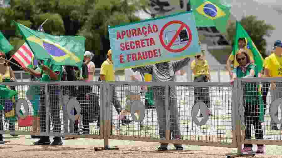 Grupo faz protesto em frente ao Palácio do Planalto por voto impresso. - Dida Sampaio/Estadão Conteúdo