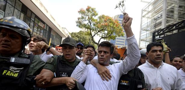 Leopoldo López passou três anos e cinco meses na prisão - JUAN BARRETO/AFP