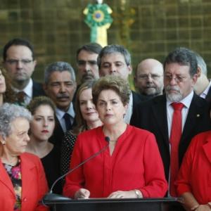31.ago.2016 - Dilma Rousseff discursa após ter sido afastada