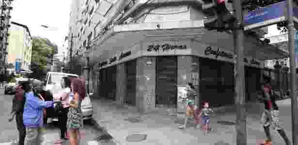 Comércio fechado - Júlio Ceésar Guimarães/UOL - Júlio Ceésar Guimarães/UOL