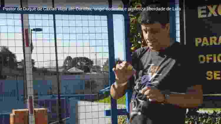 Pastor Daniel Elias ungiu cadeado de unidade da PF em que Lula estava preso - Reprodução Youtube