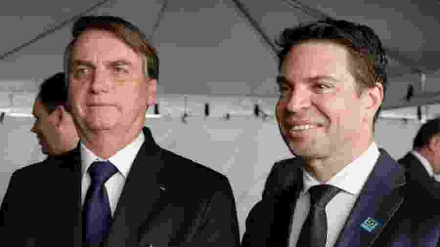 O presidente Jair Bolsonaro ao lado do diretor geral da Abin, Alexandre Ramagem - Foto: Carolina Antunes/PR