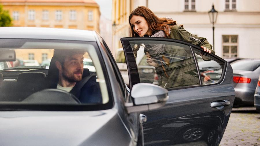 O projeto também prevê que as empresas sjam obrigadas a contratar, sem ônus para motoristas e condutores, seguro privado de acidentes pessoais - Uber/Divulgação