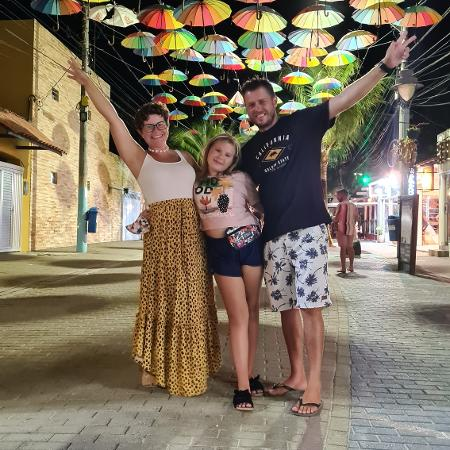 Família VanBora, que tem vida nômade - VanBora/Divulgação