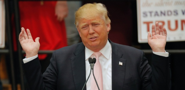 Trump e sua campanha cheia de teorias de conspiração - Chris Keane/Reuters