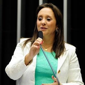 Renata Abreu é uma das deputadas do PTN